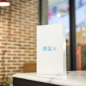 坚持高质低价,魅蓝 X 手机